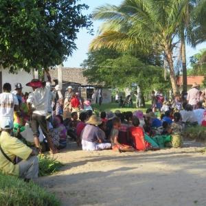 Dons de riz à Mananjary